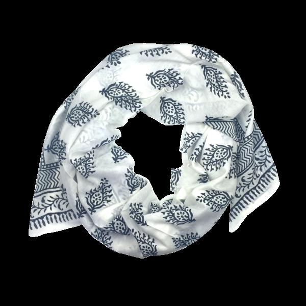 maria-black-shawl2-600×600